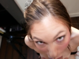 My Gorgeous Cumslut Roommate Gives Me Amazing Head For Rent