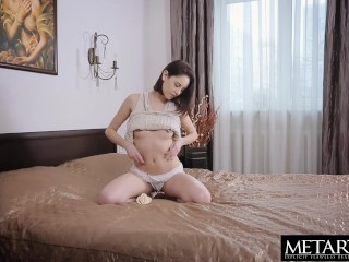 Slender beauty tugs her nipples and stuffs fingers in her pussy