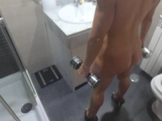 Flexing my muscles turn me on till squirting and anal at the shower. HD