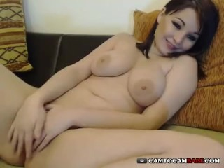 Teen pussy on webcam