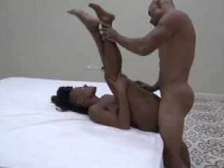 King and His Queen - Public Sex Show BTS