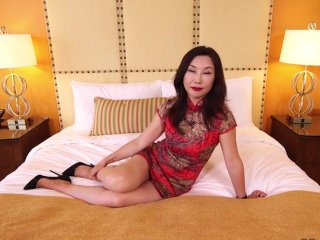 Horny asian MILF cheating husband in hotel room.mp4