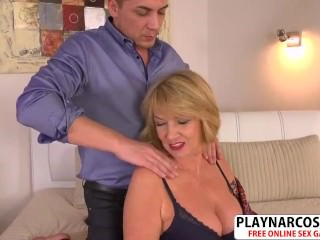 Fresh Mommy Amy Gets Fucked Hot Hot Bud