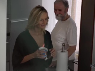 OLD4K. Sweet blonde gives a blowjob to old man and gets banged
