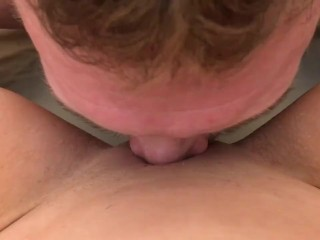 This is how you eat pussy! Huge squirt ending!