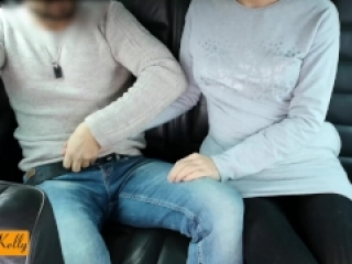 Uber driver caught on camera a couple having a blowjob in car back seat