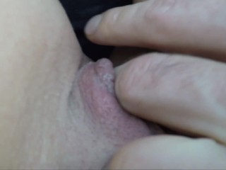 Uber Driver rubbing wet pussy to orgasm #Parrotgirl