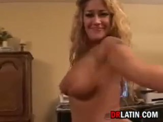 Amateur Mature Woman Gets Fucked