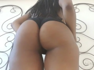 Oily Ass Shaking and Clapping