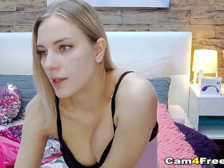 Pretty Blonde Makes Her Pussy Wet