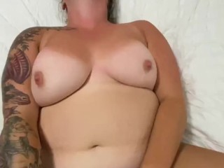 Amateur wife plays with vibrator while I cum inside