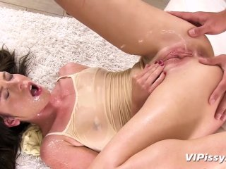 Wet Yoga For Jessica Rox