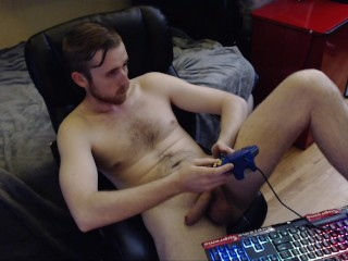 YOUNG CANADIAN STUD SHOWS OFF HUGE SOFT DICK AND GAMES NAKED ON LIVE WEBCAM