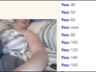 25yo huge boobs Emi play omegle points game and cum