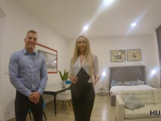 HUNT4K. Need for money realtor to let client fuck his blonde GF