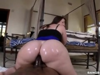 Huge ass Virgo Peridot takes black cock in her pussy
