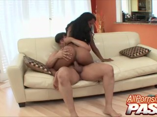 Big Butt Ebony Babe Raylen Big Dick Pounding
