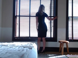 Sexy Tease While In LA Hotel For PornHub Awards