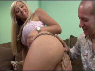 Jessica Lynn (scene Smothered N' Covered 6)
