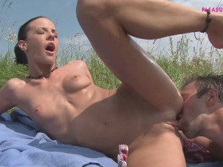 SEXY AND GORGEOUS FARMER RIDE MY BIG COCK WITH HER PERFECT ASS