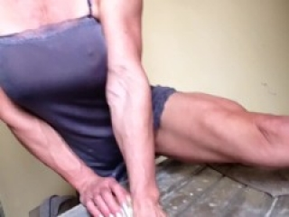 the muscle washerwoman of your dreams