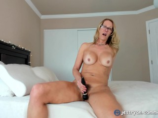 Foxy Milf Camgirl Jess Ryan Hitachi Cum Request From Fan Club Member