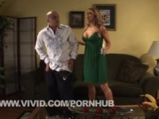 Savanna Samson Trading Oral on the Couch Before Fucking