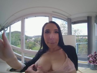Yong Babe Alyssa Bounty Wants Big Cock And Anal Fuck All Day Long